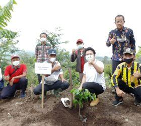 Dukung Industri Kopi Jatim, Wagub Emil Dorong Milenial Re-branding Profesi Petani